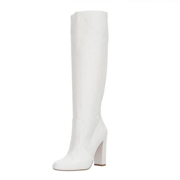 cdc5f000aeb 🎉6hr sale🎉 Steve Madden eton white leather boots